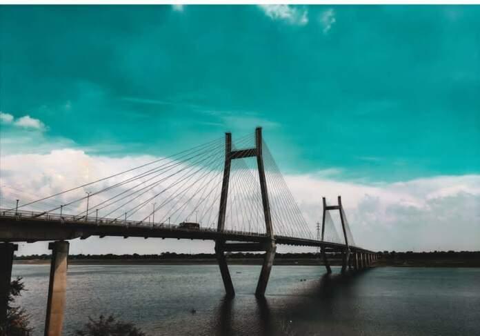 Prayagraj naini Shaapit Bridge suicide bridge