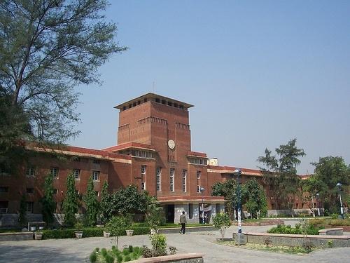 Online 'Open Book Exam' started in Delhi University