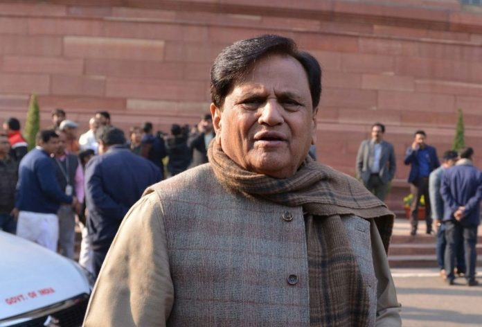 Senior Congress leader Ahmed Patel dies