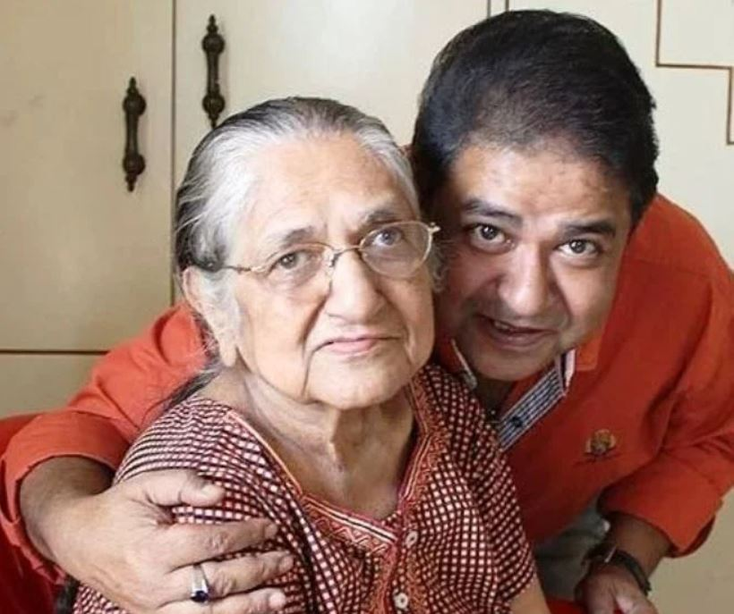 Ashiesh Roy mother