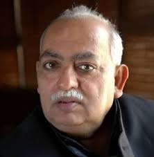 Munawwar Rana's big attack on Owaisi on dividing Muslim vote