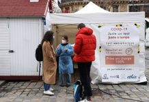 The vaccination campaign against Covid started in France