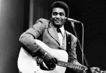 Music star Charlie Pride dies from Corona