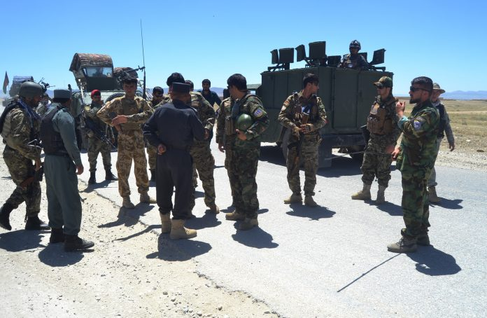 KABUL|At least 30 militants were killed in an airstrike targeting Taliban fighters in Afghanistan's Ghazni province on Friday. A government official gave this information.Provincial government spokesman Wahidullah Jumzada told Xinhua,