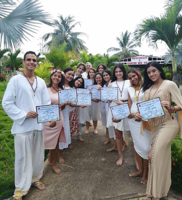 Janmat Samachar Special: Prema Yoga International School, Mr. Robinson Zabethananda Narayan a Yoga Trainer by profession gives yoga classes..