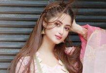 Sajal Ali Biography, Age, Mother, Father, Husband, Boyfriends, Marriage
