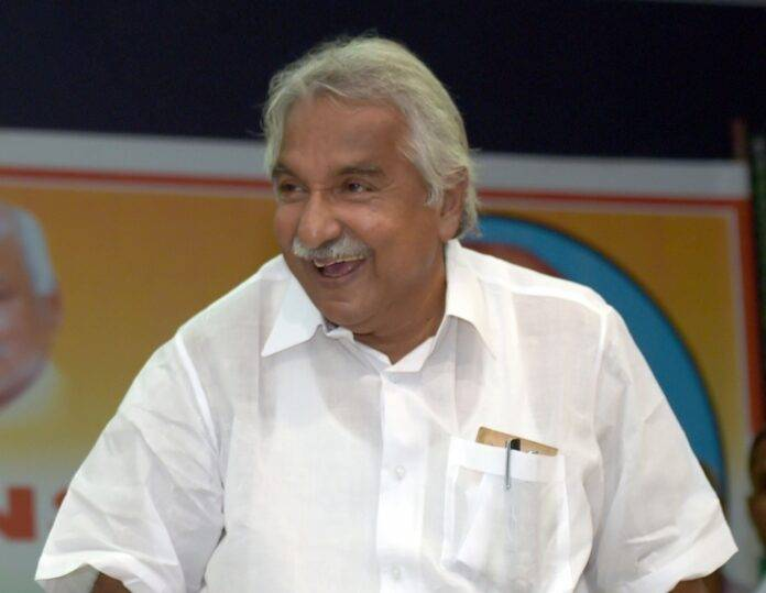 Oommen Chandy confident of Congress returning to power
