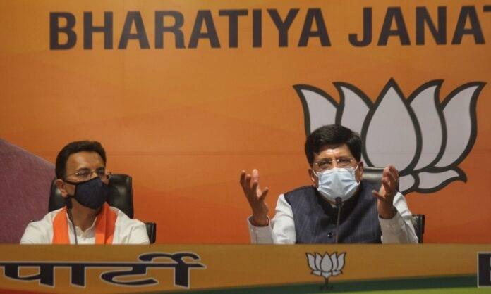 Big blow to Congress: Jitin Prasada joins BJP