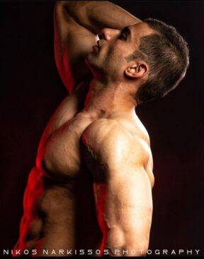 Umer Rashid Body Builder Kashmir, musalmina india 2020 umer rashid, umer rashid gym,