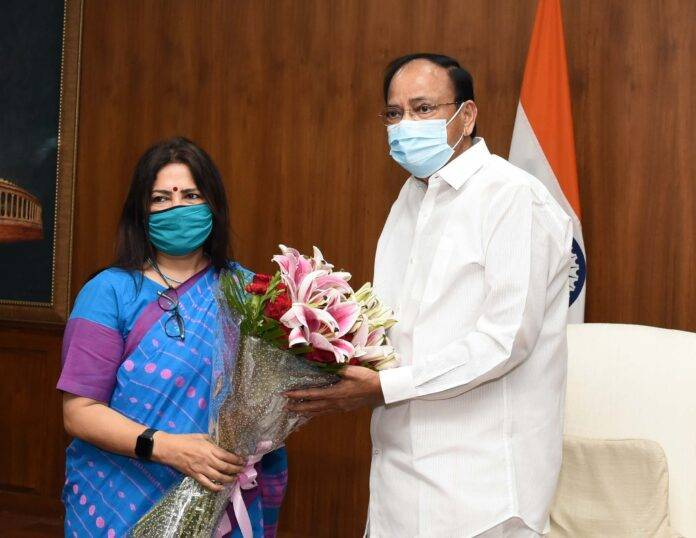 Smt. Meenakashi Lekhi MOS External Affairs call on with the Vice President