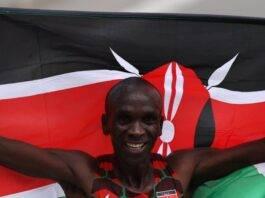Olympics (marathon): Eliud Kipchoge of Kenya retains his title